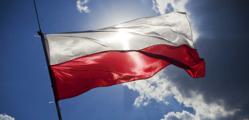 sky-blue-flag-poland_plaskie